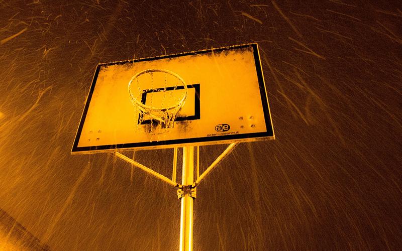 バスケットボールのリングの画像
