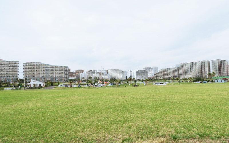 高洲海浜公園の広場