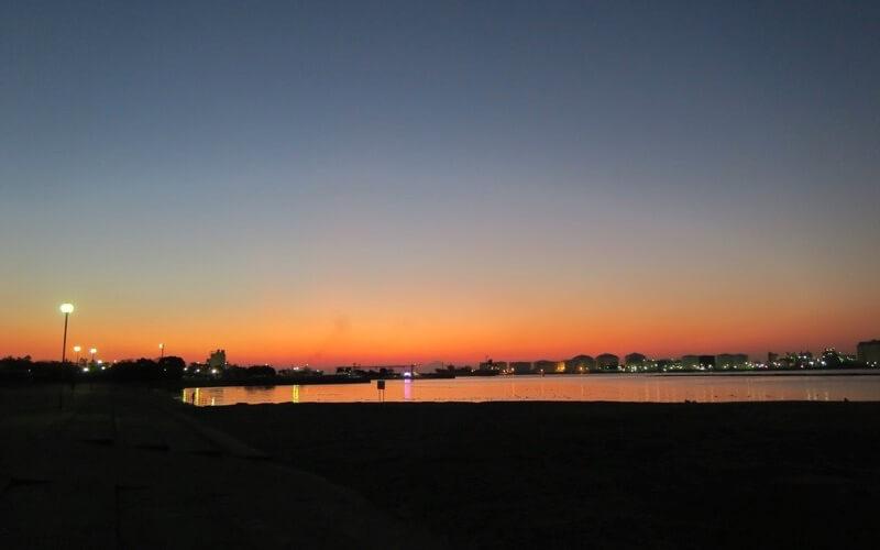 千葉ポートタワーからの夕日の画像