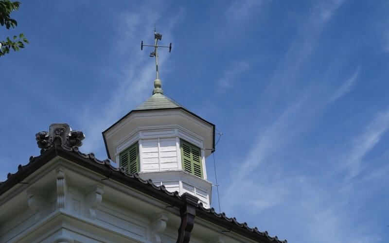 旧中込学校の八角塔
